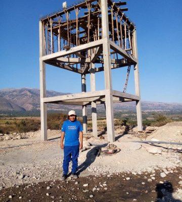 La tour du réservoir d'Azángaro