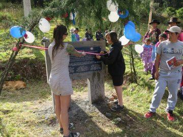 Mariska et Axel coupent le ruban