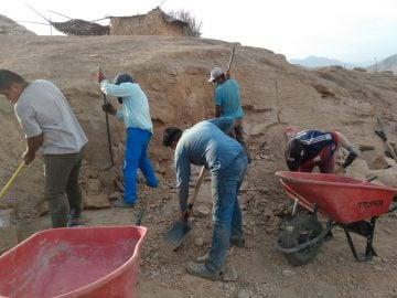 Excavation en vue de la construction du réservoir